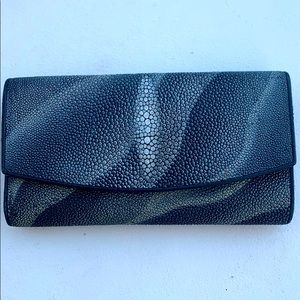NWOT Croton Stingray Wallet